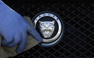 jaguar land rover reports nearly 4.6 bln usd annual loss