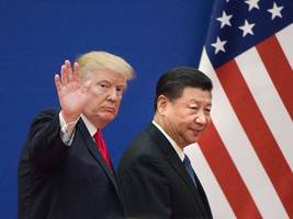Trump's Huawei ban could hurt chip makers like Intel and Qualcomm, but this analyst thinks the processor industry has bigger things to worry about (SOX, INTC, QCOM)