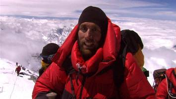 Mountaineer extends record by climbing Everest for 24th time