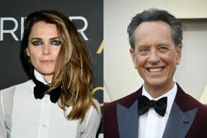 keri russell, richard e grant's 'star wars: rise of skywalker' characters revealed in new photos
