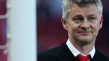 manchester united: give ole gunnar solskjaer time, says robin van persie