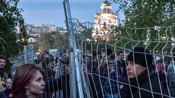 russian city of yekaterinburg rejects plan to build church in park