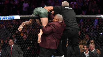 conor mcgregor on ufc 229 brawl: i landed 'the final blow of the night'