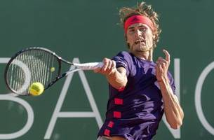 Top-seeded Zverev advances to Geneva Open semifinals
