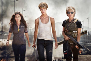 'Terminator: Dark Fate' Trailer: Linda Hamilton and Mackenzie Davis Fight for Humanity (Video)