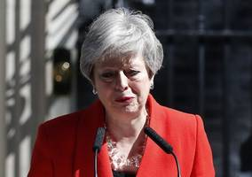 British prime minister Theresa May announces her resignation