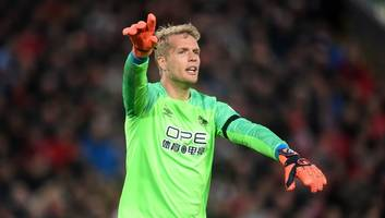 everton confirm jonas lossl has signed pre-contract agreement & will join on three-year deal