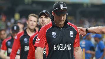england at the cricket world cup: death threats, dodgy tummies and a dip in the sea