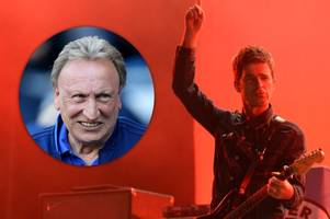 oasis legend noel gallagher has cheeky dig at cardiff city boss neil warnock during high flying birds gig