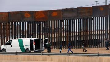us judge blocks funds for trump border wall plan