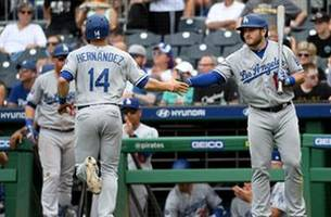 dodgers erupt for 6 runs in 6th inning to seal sweep of pittsburgh