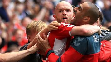 league one play-off final: charlton athletic 2-1 sunderland