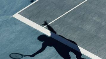 Tennis anti-corruption: Russian umpire failed to report 'corrupt approach'