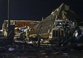 oklahoma tornado: two dead and more injured after storm tears through el reno
