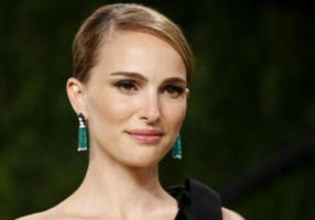 natalie portman gets instagram 'apology' from moby