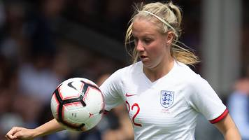 england and arsenal forward beth mead thrived after phil neville lecture