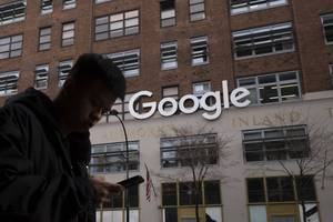 google barred contractors from communicating with full-time googlers on some internal groups forums, and makes temps wear red badges that add to a 'sense of shame' (goog, googl)