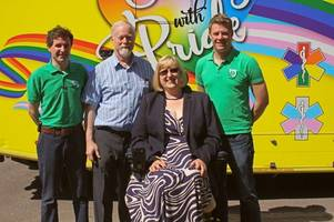 devon woman meets the heroes who brought her back to life