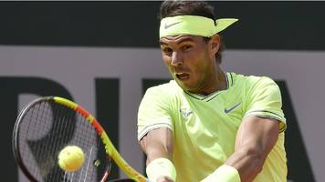 nadal eases into french open third round