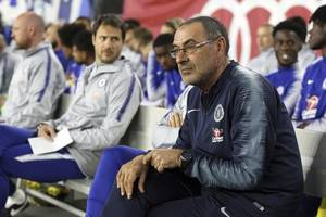 sarri: i deserve another year at chelsea