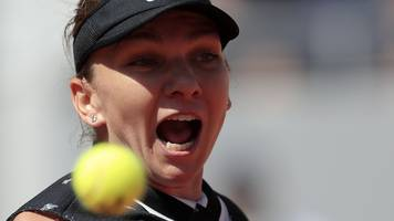 French Open 2019: Simona Halep into fourth round with quick win over Lesia Tsurenko