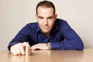 martin lewis warns graduates they are wasting their money if they repay student loans early