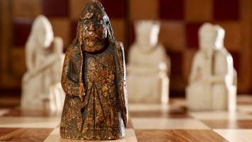 chess piece missing for 200 years found in drawer