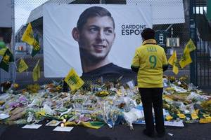 emiliano sala: two face charges over mortuary photograph