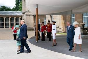 trump dismisses climate change as 'change in weather' after holding talks with prince charles