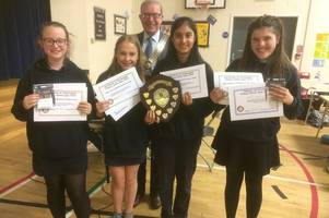 chatelhearult primary school crowned quiz champs