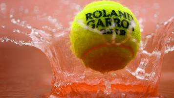 konta semi-final moved to friday after wednesday wash out