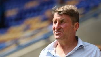 tony smith: hull kr appoint former england boss as head coach