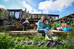 the family who quit the rat race to sell chicken eggs and live in an old horse box