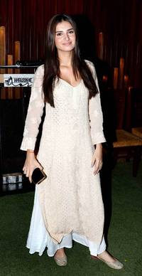 these tara sutaria's ethnic wear are perfect fit for your next celebration