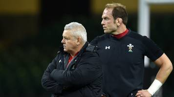 Alun Wyn Jones: Warren Gatland says Wales captain can carry on until 2021 Lions tour