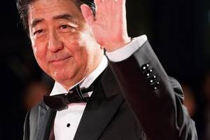 japan's abe heads to iran in hopes to help ease tension