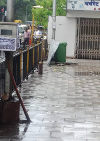 man killed as portion of cladding collapses at churchgate due to heavy wind