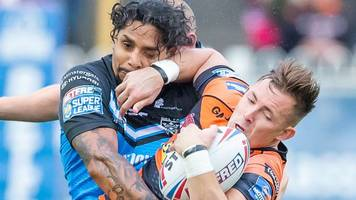 first super league hat-trick for albert kelly as hull fc hit back to win 31-18 at castleford