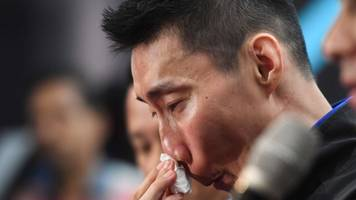 Lee Chong Wei: Former badminton world number one retires after cancer treatment