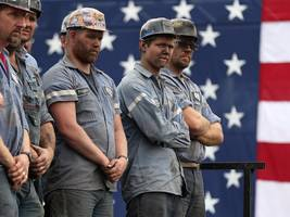 americans are increasingly worried that trump's trade wars will damage the economy and eliminate jobs
