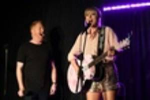 Taylor Swift Drops Into The Stonewall Inn, Performs 'Shake It Off'