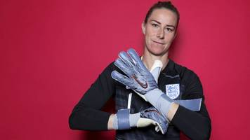 male and female keepers should train together - bardsley
