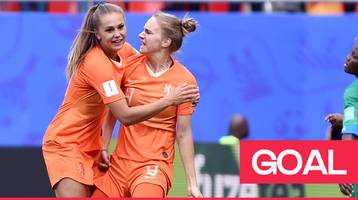 women's world cup 2019: vivianne miedema's header put's the netherland in front against cameroon