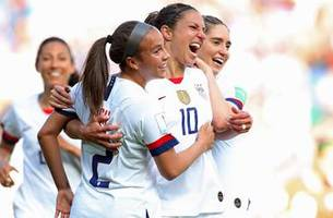 90 in 90 United States vs. Chile | 2019 FIFA Women's World Cup™ Highlights