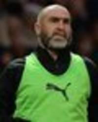 Soccer Aid 2019: Eric Cantona sub sparks old fan chant - Man Utd fans will LOVE this