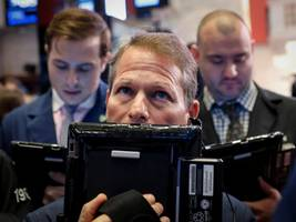 the stock market is entering its 2 most important weeks of the year. here's what wall street experts recommend to navigate the chaos and make a killing.