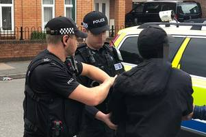 rise in the number people caught with knives in nottinghamshire, figures show