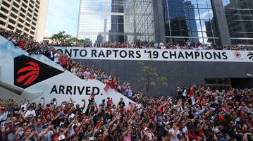 Warriors Take Out Ad Congratulating Raptors for Historic NBA Finals Championship