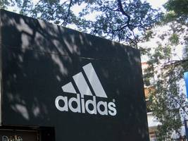 adidas loses eu court battle over 'three stripe' design