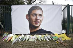 man arrested in connection with death of footballer emiliano sala